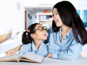 Communicating Better with Your Child by Lin Jiayong