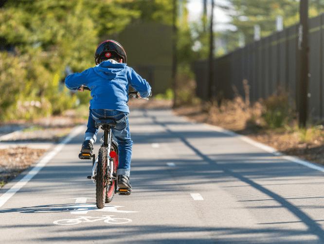 Kids' Bikes, Trikes & Riding Toys