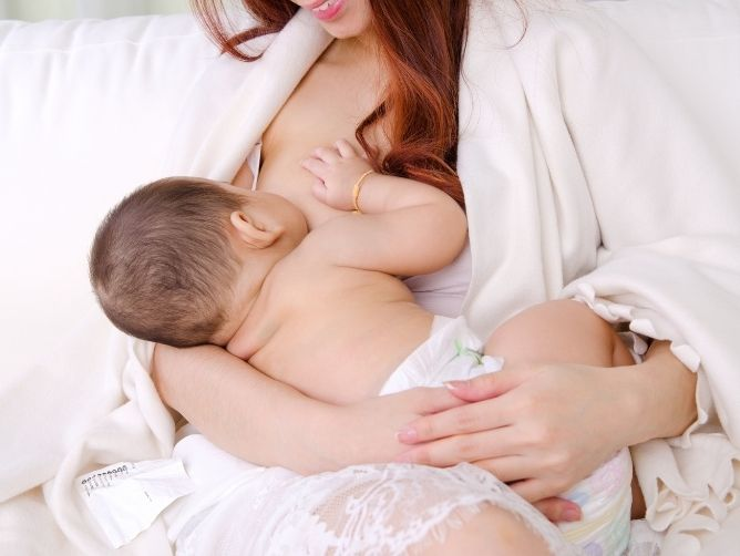 Here's Everything New Mums Need to Know About Breastfeeding